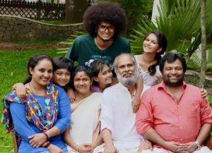 Uppum Mulakum Cast/Characters Profile, Latest Episodes and Details