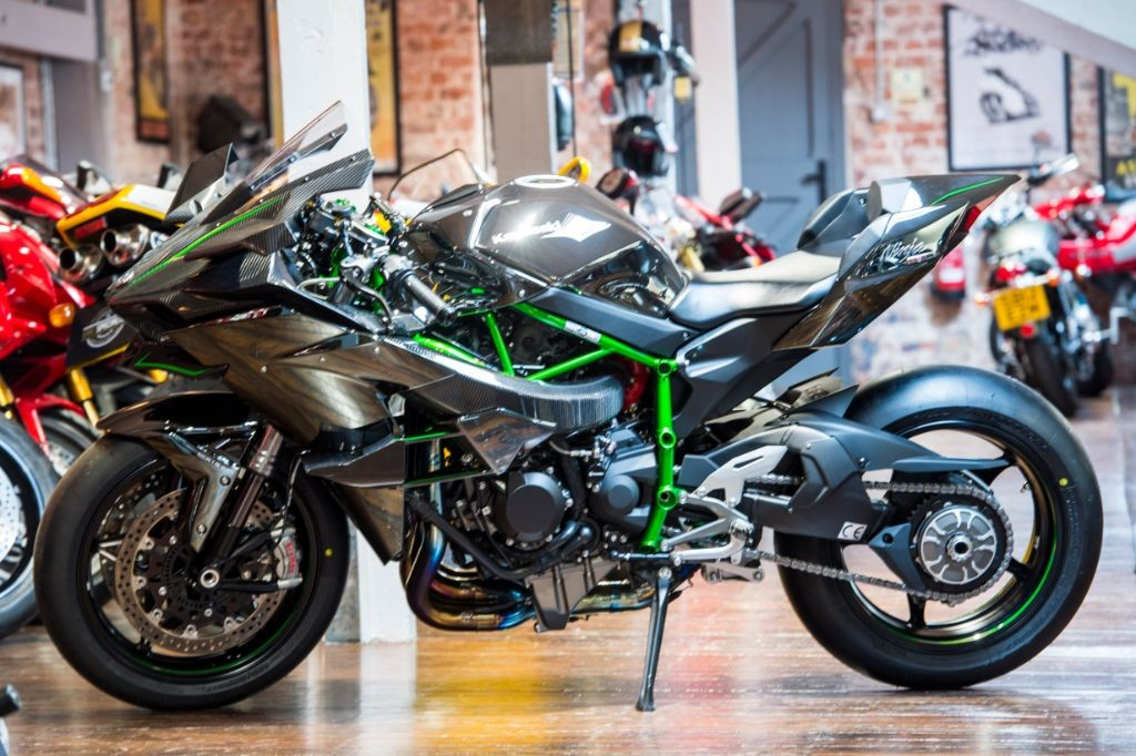 Images of Kawasaki Ninja H2R
